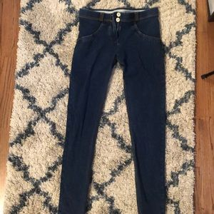 Freddy jeans- size small